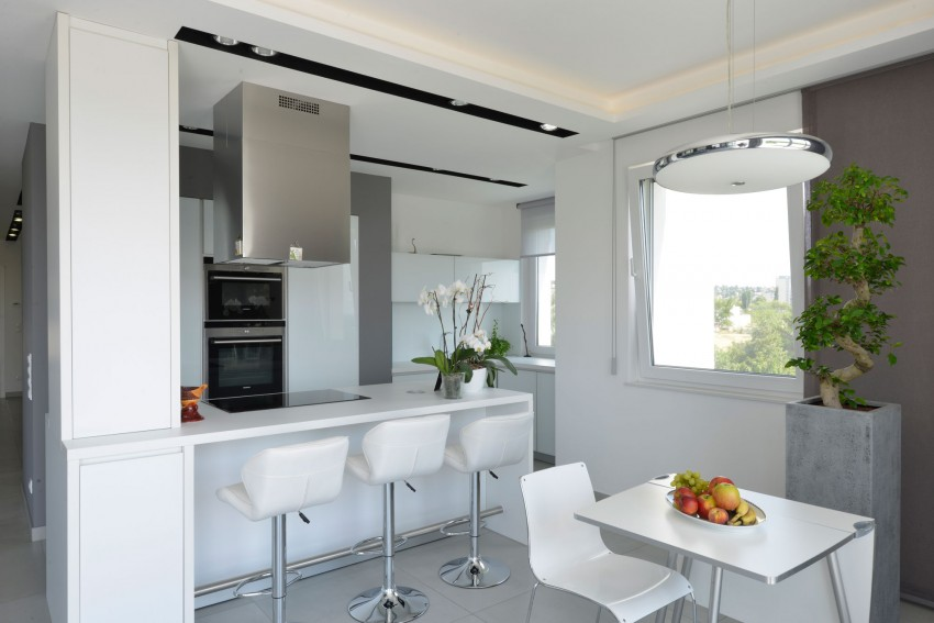 Дизайнерский интерьер небольшой кухни - фото 36