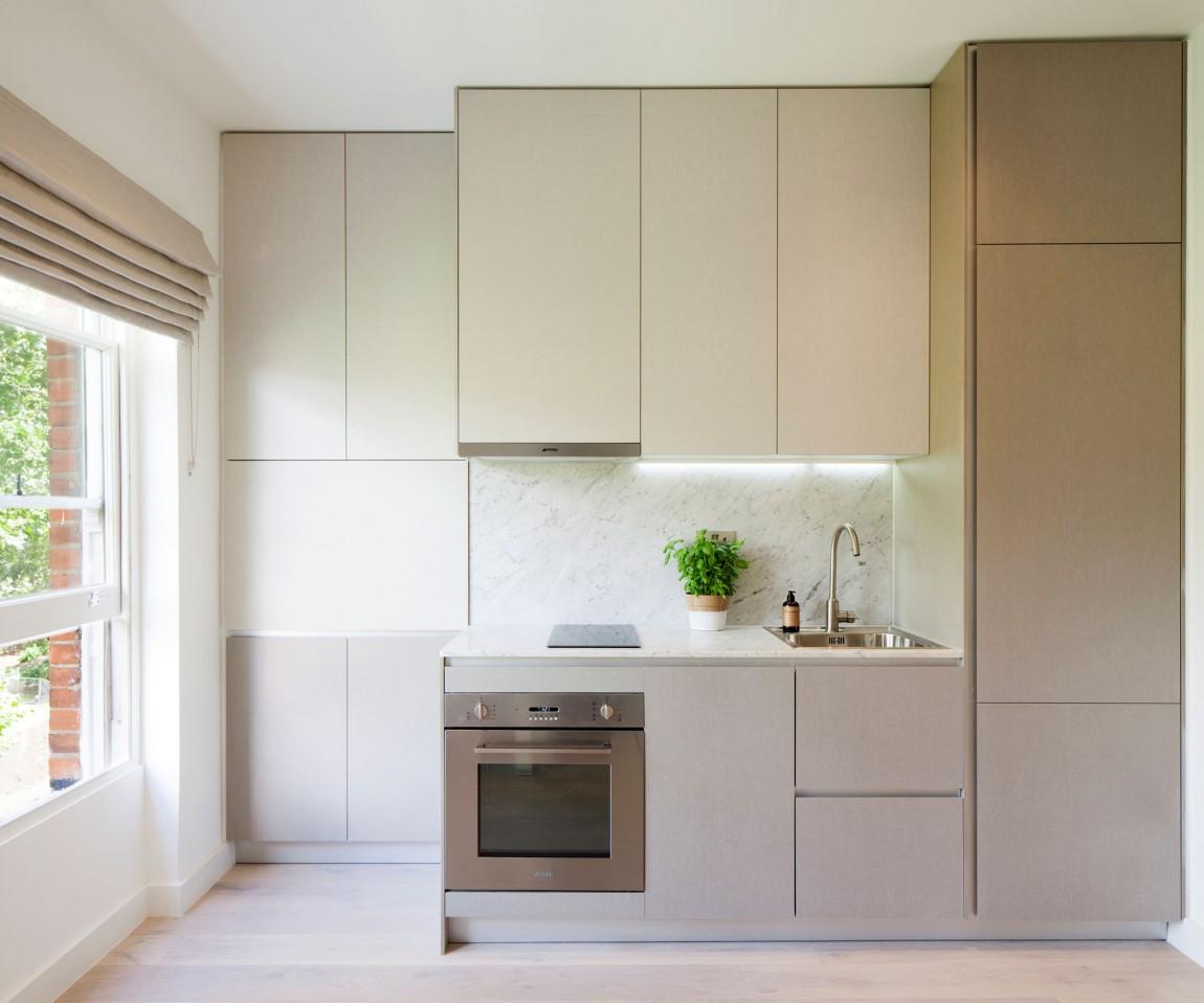 Дизайнерский интерьер небольшой кухни - фото 38