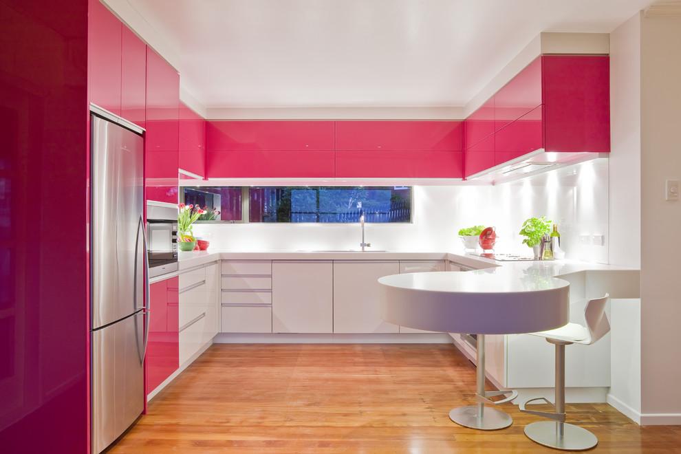 Дизайнерский интерьер небольшой кухни - фото 40