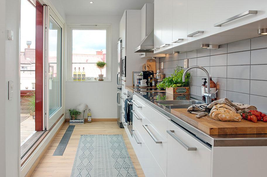 Дизайнерский интерьер небольшой кухни - фото 41