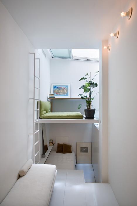 Интерьер очень маленькой квартиры в Мадриде