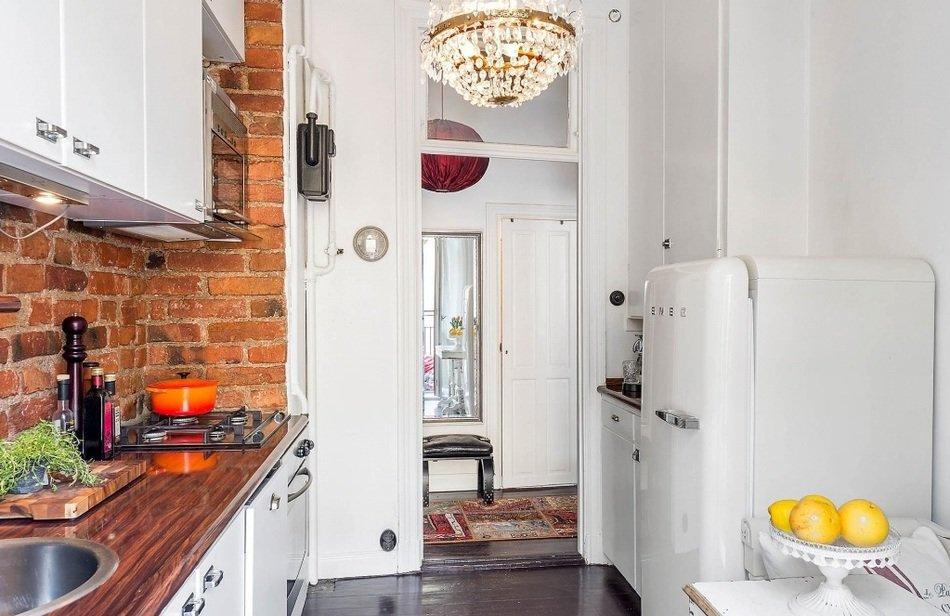 Кухня однокомнатной квартиры в Швеции