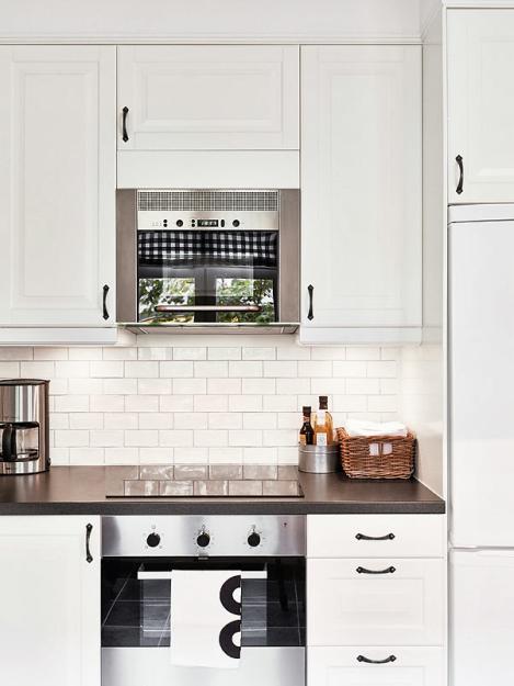 Кухонный фартук в виде кирпичной кладки