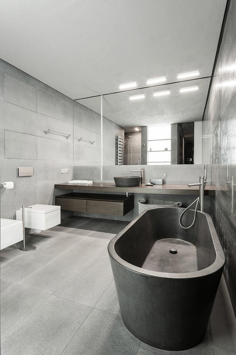 Интерьер маленькой ванной комнаты совмещенной с туалетом
