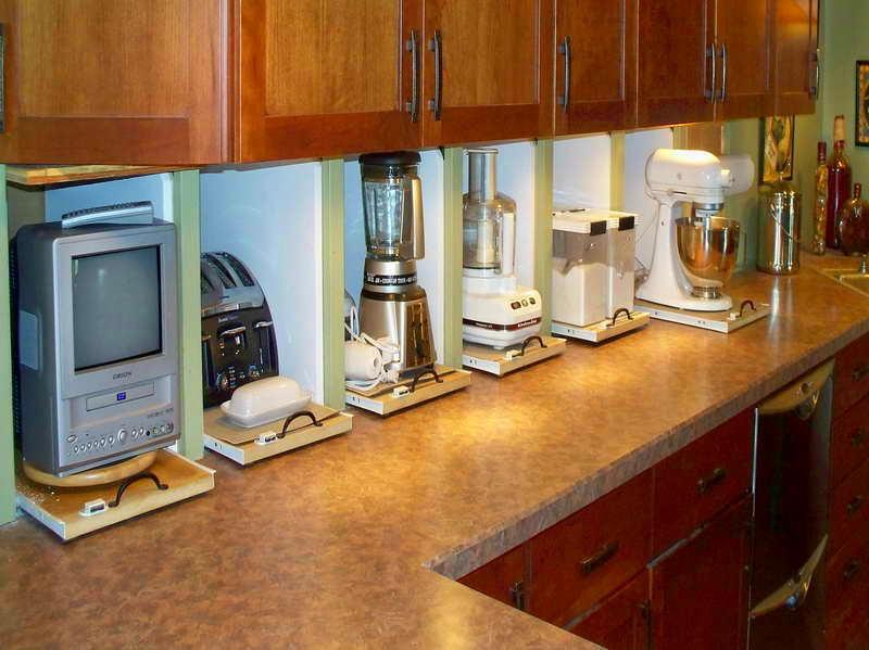 Выдвижные полки для кухонной техники