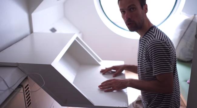Капсульный дом: складная мебель