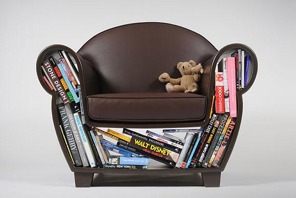 Книги под креслом
