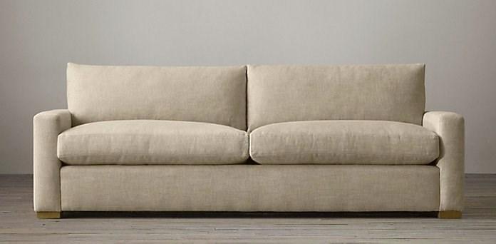 Маленький диван Petite Maxwell Upholstered Sofa от Restoration Hardware