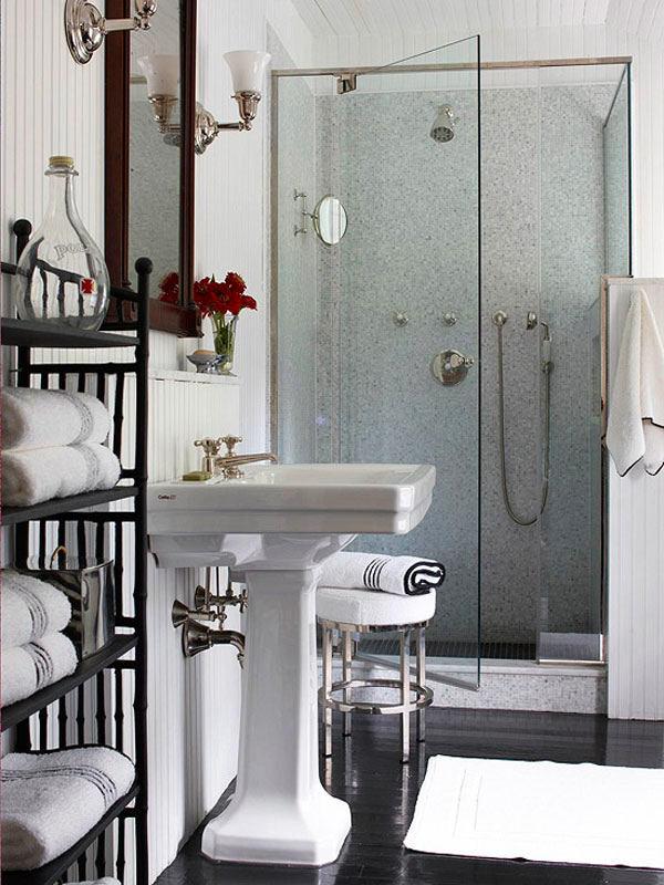 Стеклянный душ в ванной