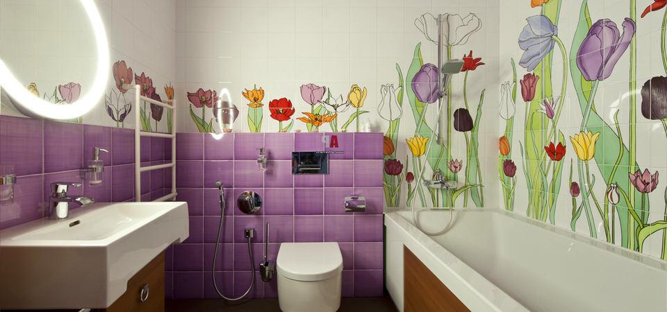 Плитка с цветочным узором в ванной