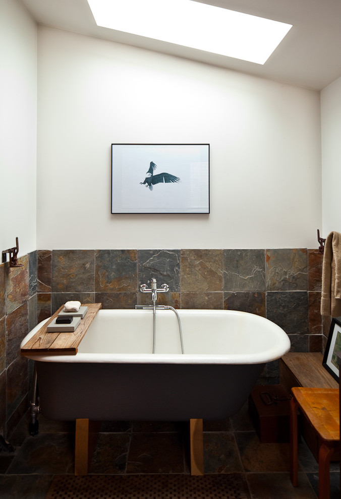Маленькая ванная в крошечном доме