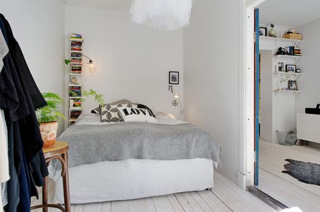 Интерьер спальни небольшой квартиры в Стокгольме