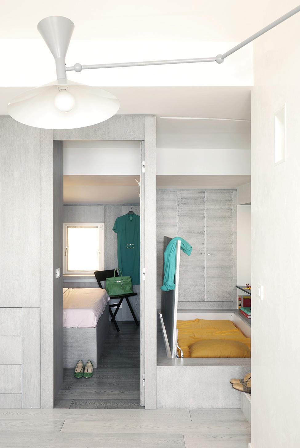 Спальни маленькой квартиры-студии