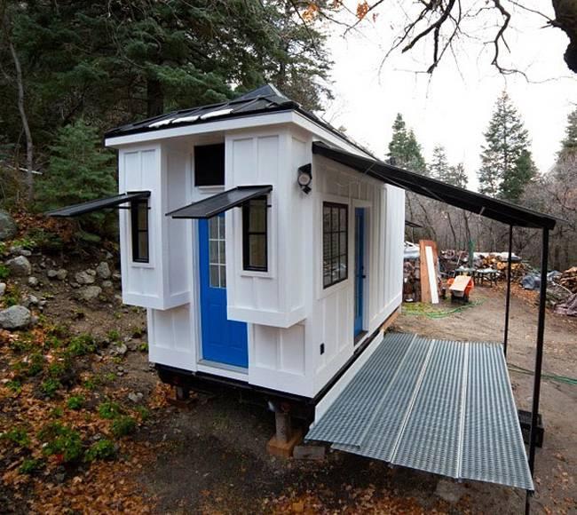 Маленький дачный дом. Так маленький дачный дом выглядит снаружи