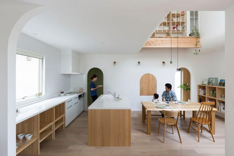 Маленький дом с арками от ALTS Design Office