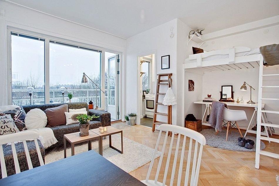 Интерьер квартиры с высоким потолком