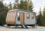 Удобный мобильный мини-домик: фото из Онтарио, Канада