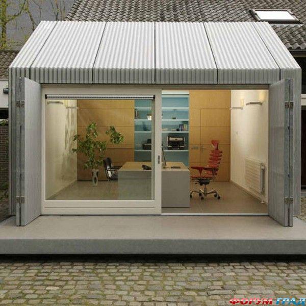 Мини-офис из старого гаража