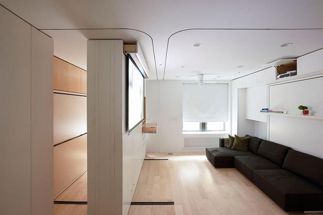 Гостиная многофункциональной квартиры-трансформера в Нью-Йорке