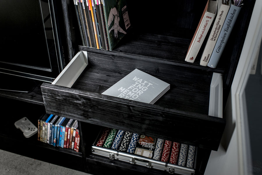 Выдвижной ящик модуля Living Cube от Тиля Коннекера