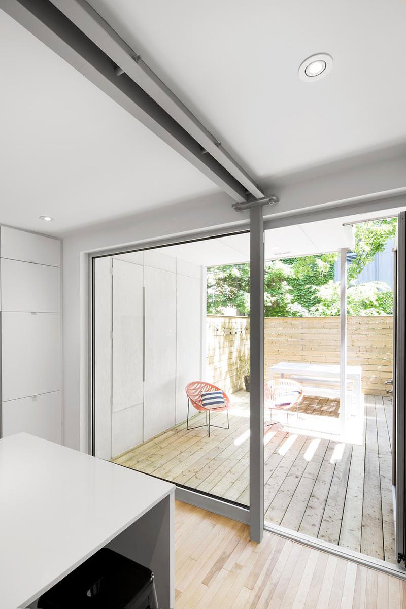 Уютная терраса и внутренний дворик