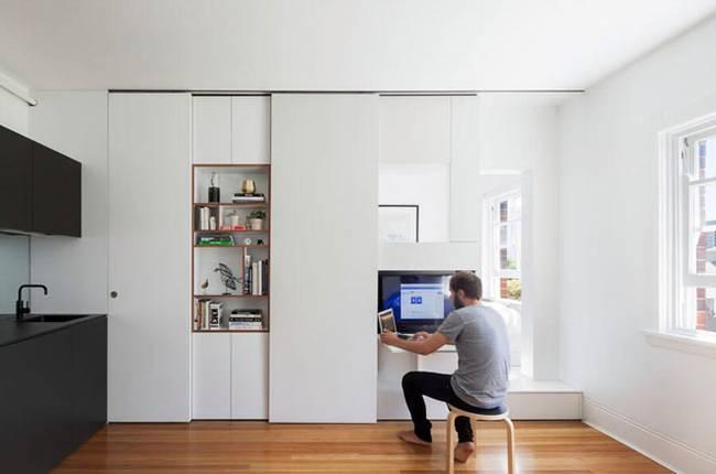 Модульная стена в интерьере квартиры: рабочий уголок