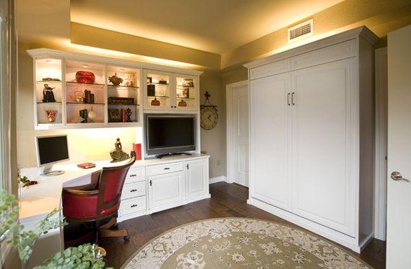 Уютный кабинет в классическом стиле
