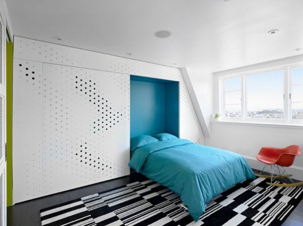 Откидная кровать в уютной спальне