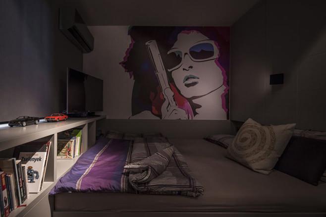 Спальня холостяцкой квартиры в Венгрии