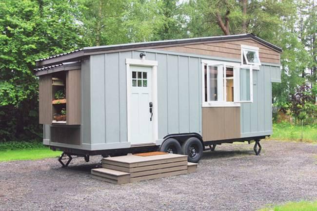Внешний вид небольшого дома на колёсах