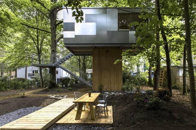 Необычный дом на дереве: план