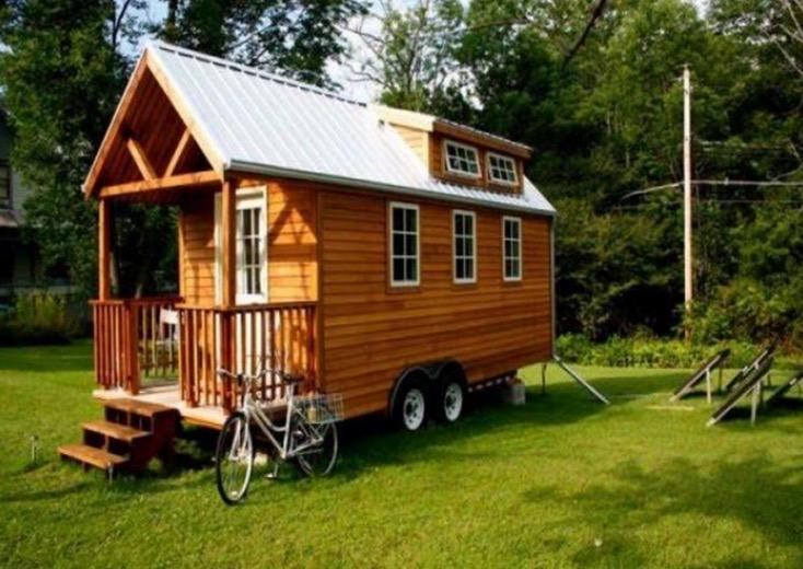 Передвижной необычный маленький дом