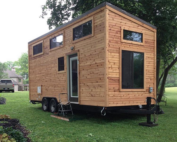 Мобильный необычный маленький дом