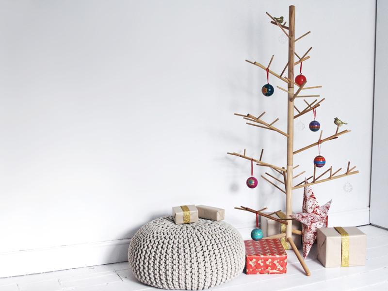 Новогодний интерьер из дерева - фото 2
