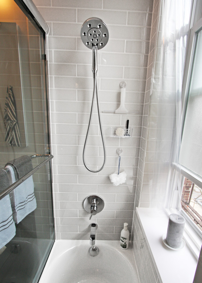 Душ в интерьере маленькой ванной