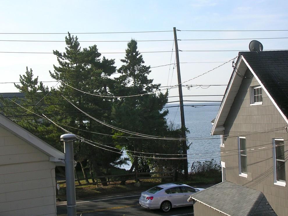 Вид на Лонг-Айленд с террасы небольшого особняка в США