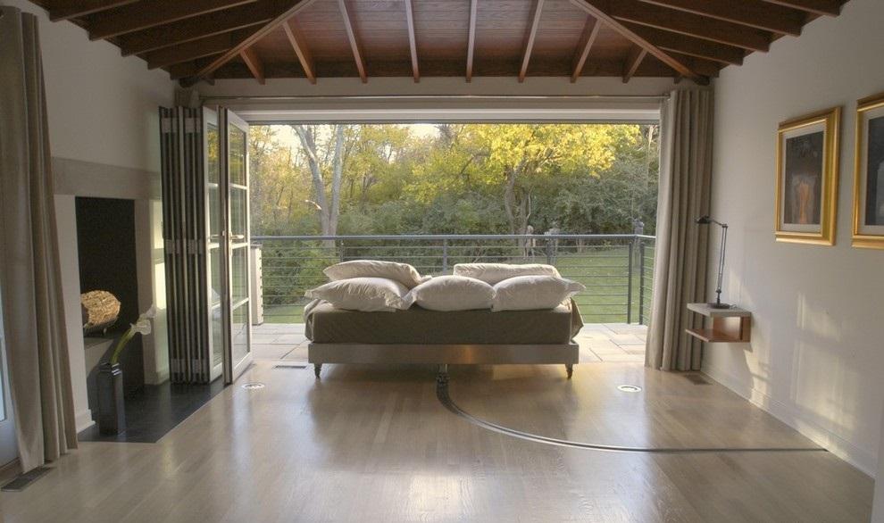 Мобильный диван на роликах