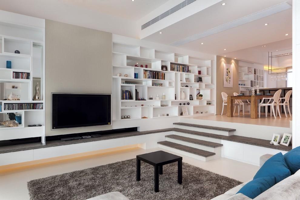 Интерьер квартиры с подиумом