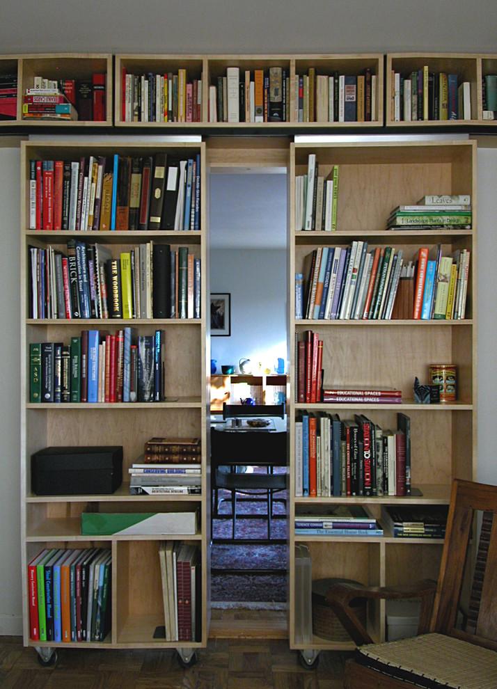 Книжные стеллажи на роликах