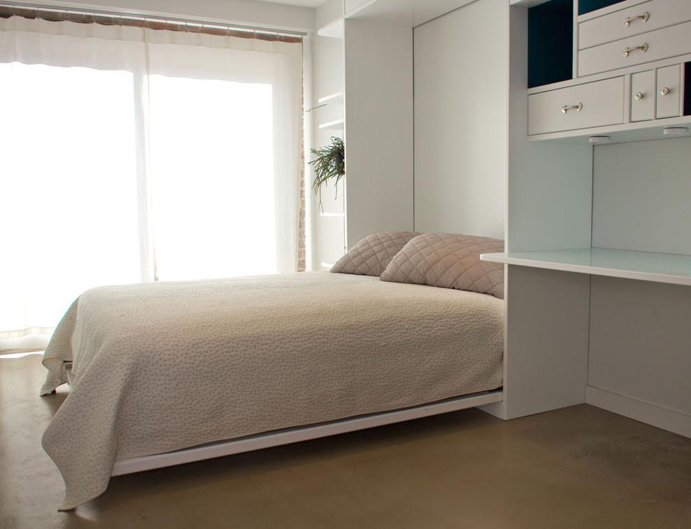 Спальня комфортабельных маленьких апартаментов