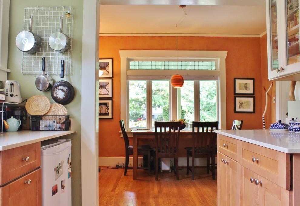 Маленькая кухня и столовая