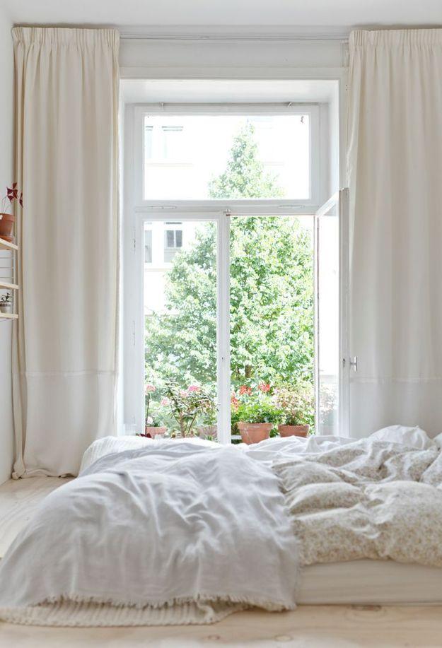 Спальня в молочном цвете