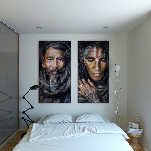 Фотографии над кроватью
