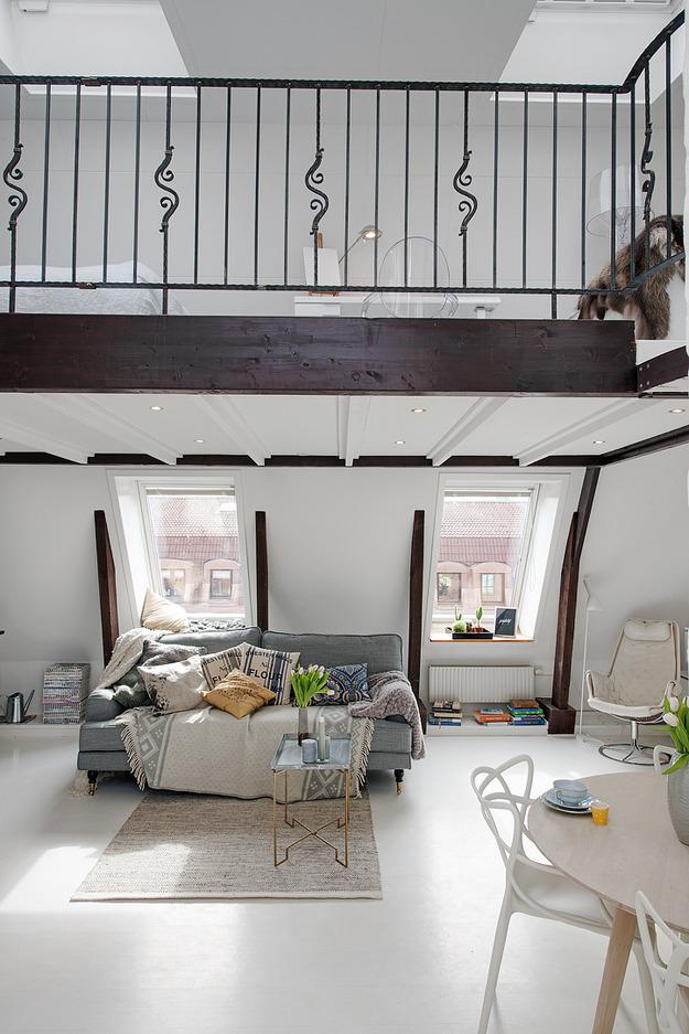 Оформление квартиры-студии на мансарде