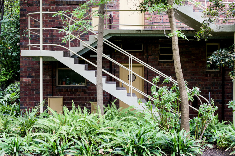 Внешняя лестница между уровнями
