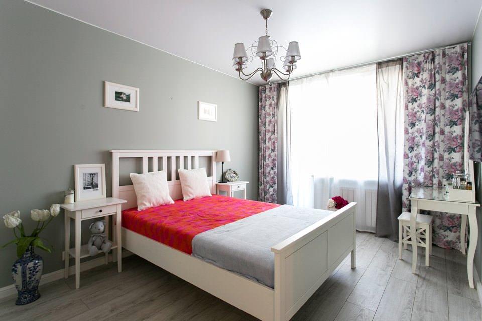 Спальня стильной двухкомнатной хрущёвки