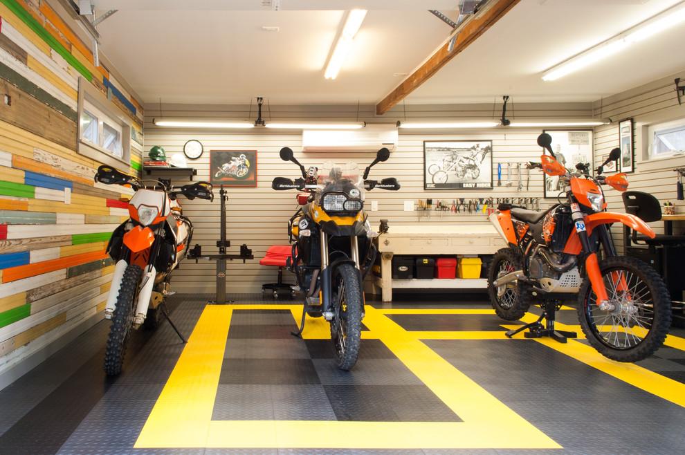 Мотоциклы в креативном гараже