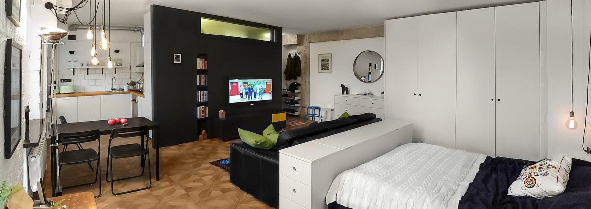Оформление маленькой квартиры студии в чёрно-белом цвете - фото 2