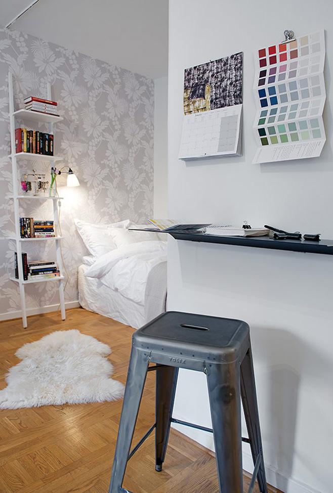 Рабочее место в маленькой квартире в Готеборге