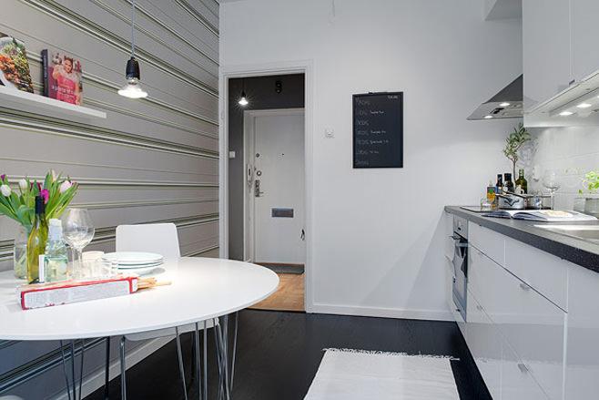 Кухня маленькой квартиры в Готеборге